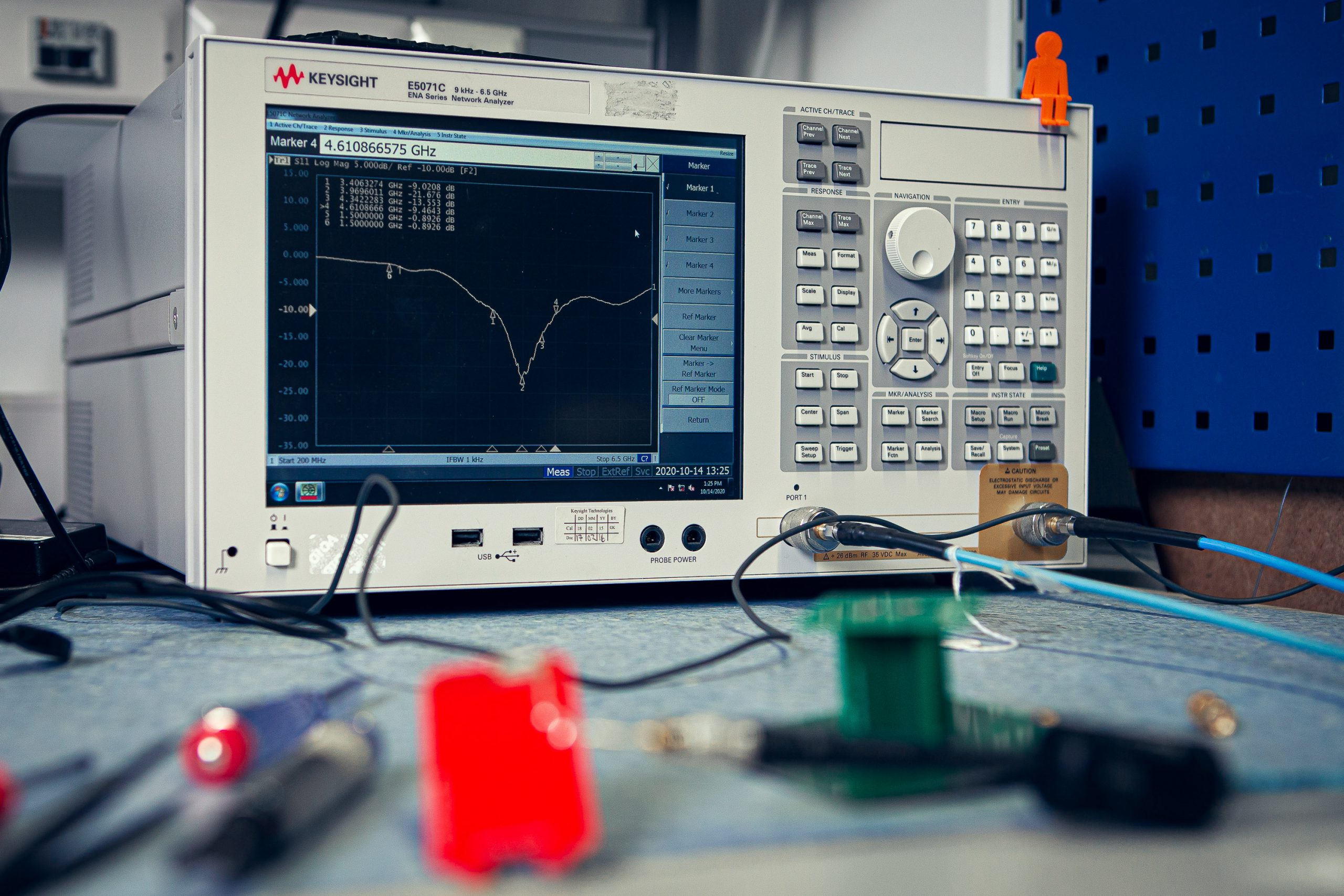 Antenna passive tuning and anechoic chamber testing